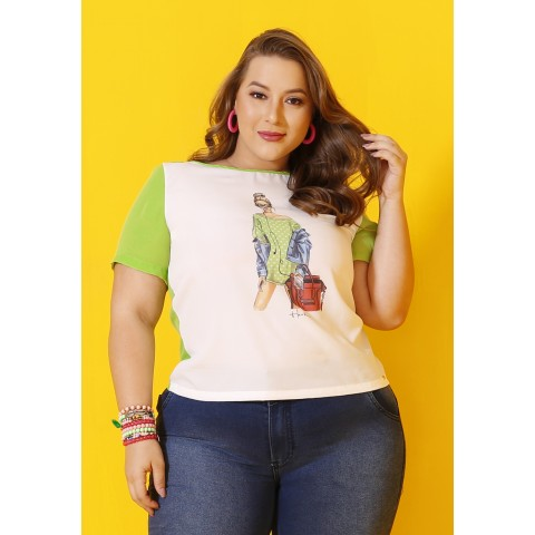 1758728- Blusa Baby Look Plus Size Crepe Estampado